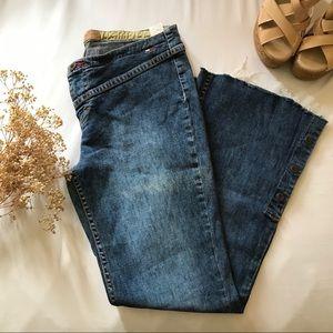 Super Rare Vintage Tommy Frayed Flare Jeans size 9
